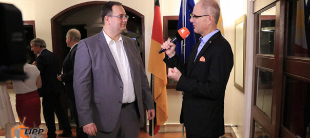 Dr. Andreas Klippe interview with Nitche