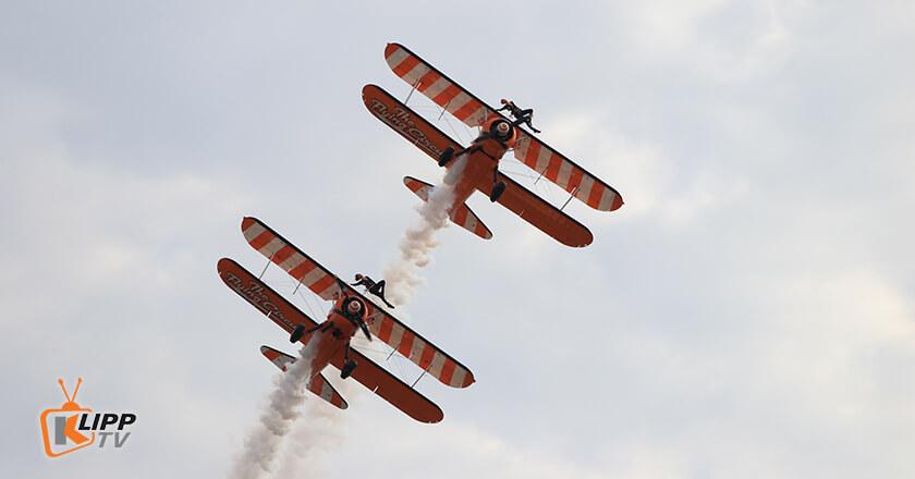 Wingwalkers in heart-stopping aerobatic stunts.